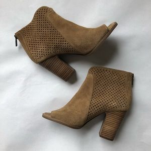 Lucky Brand Leather Heeled Ankle Boots Size 7.5
